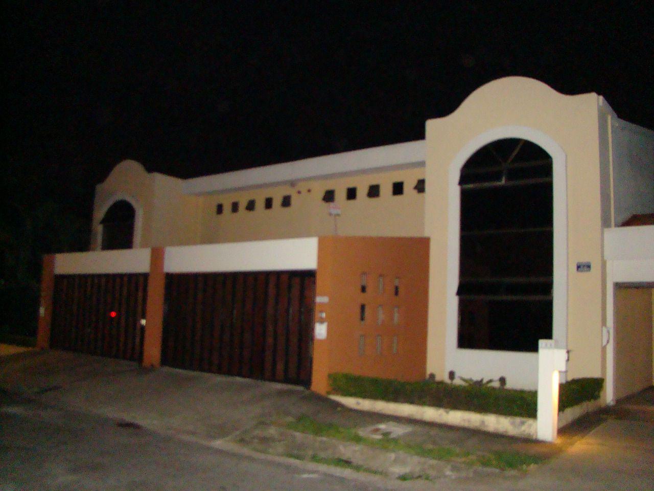 Alquiler de Casa en propiedad privada en Rio Oro