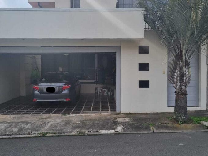 Alquiler de casa independiente Mercedes Norte de Heredia
