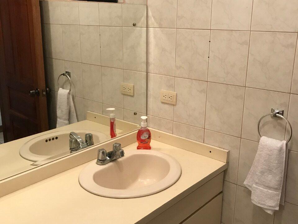 alquiler-de-apartamento-trejos-montealegre-premier-propiedades (1)