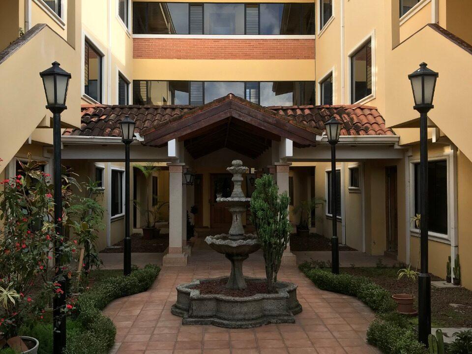 alquiler-de-apartamento-trejos-montealegre-premier-propiedades (4)