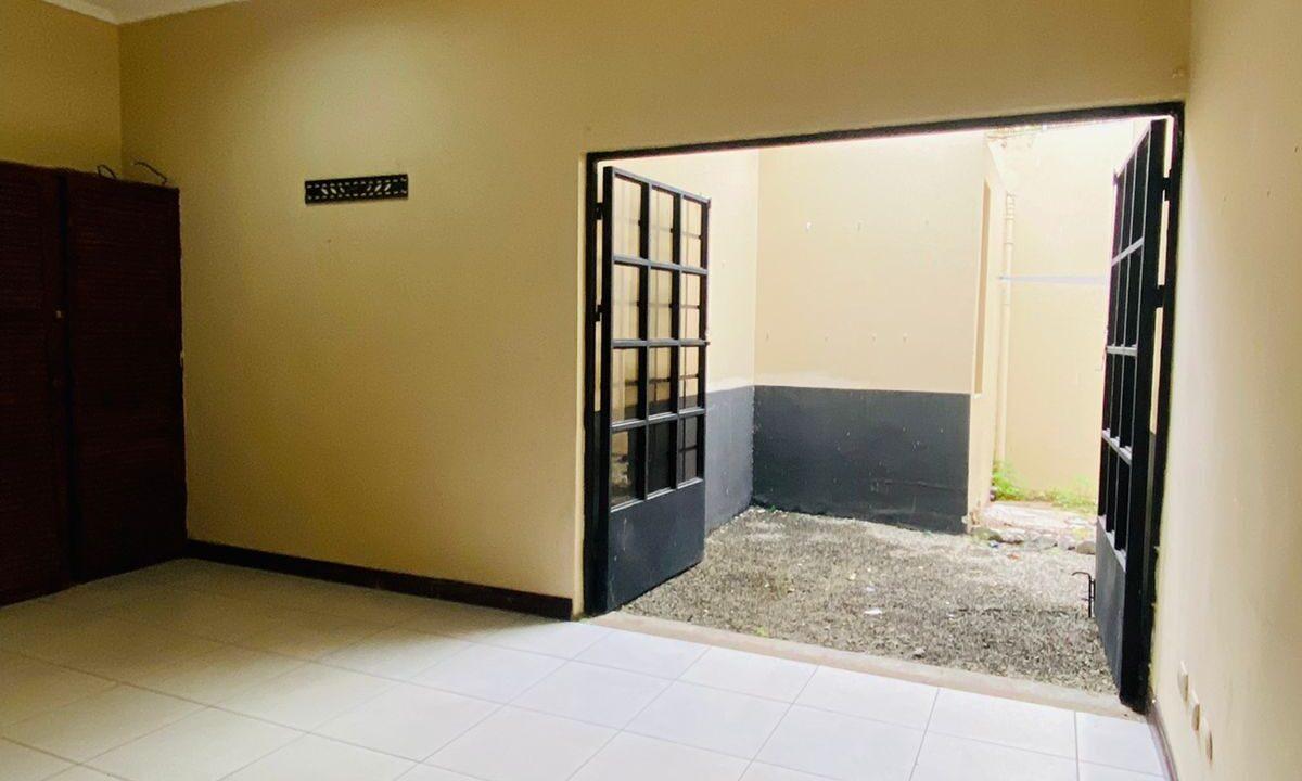alquiler-local-comercial-piedades-santa-ana-premier-propiedades (8)