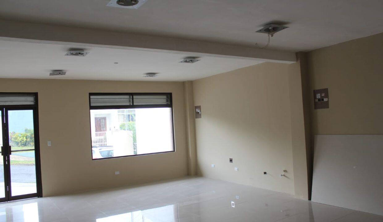 alquiler-oficinas-comerciales-lomas-ayarco-premier-propiedades (2)