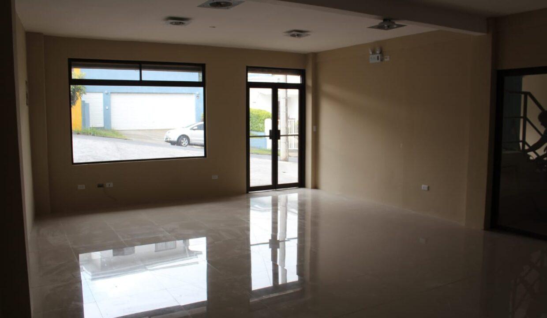 alquiler-oficinas-comerciales-lomas-ayarco-premier-propiedades (3)