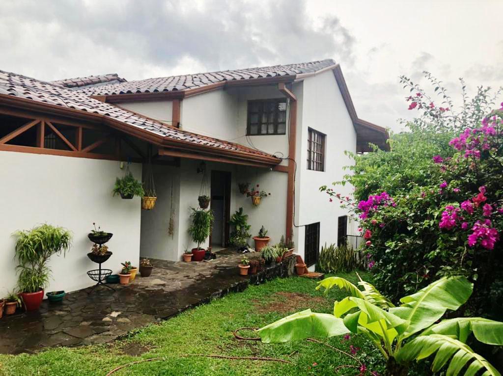 Venta de casa estilo Rústico, Brasil de Santa Ana