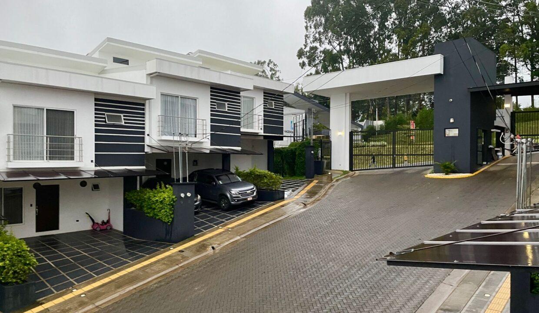 venta-casa-condominio-barrio-socorro-heredia-premier-propiedades (16)