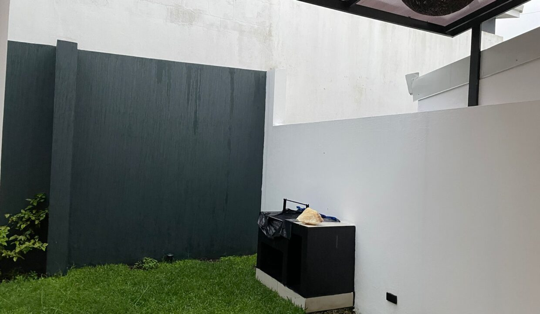 venta-casa-condominio-barrio-socorro-heredia-premier-propiedades (4)