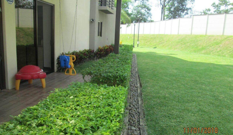venta-de-casas-condominio-parques-del-sol-brasil-santa-ana-premier-propiedades (12)