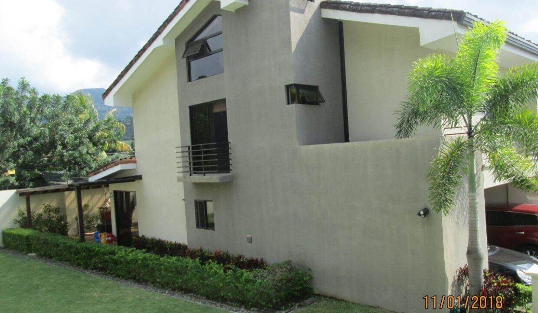 venta-de-casas-condominio-parques-del-sol-brasil-santa-ana-premier-propiedades (3)