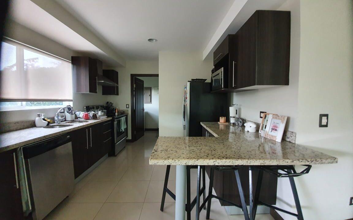 alquiler-apartamento-condominio-san-antonio-escazu-premier-propiedades (7)