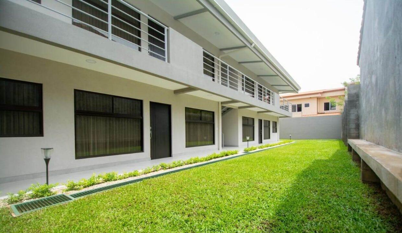 alquiler-de-apartamentos-en-santa-ana-premier-propiedades (1)