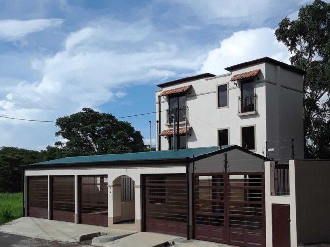 GANGA Alquiler apartamento casi nuevo a un excelente precio
