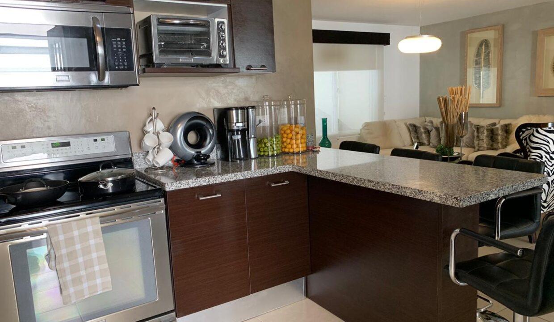 venta-apartamento-Townhouse-Contemporáneo-condominio-guachipelin-premier-propiedades (11)