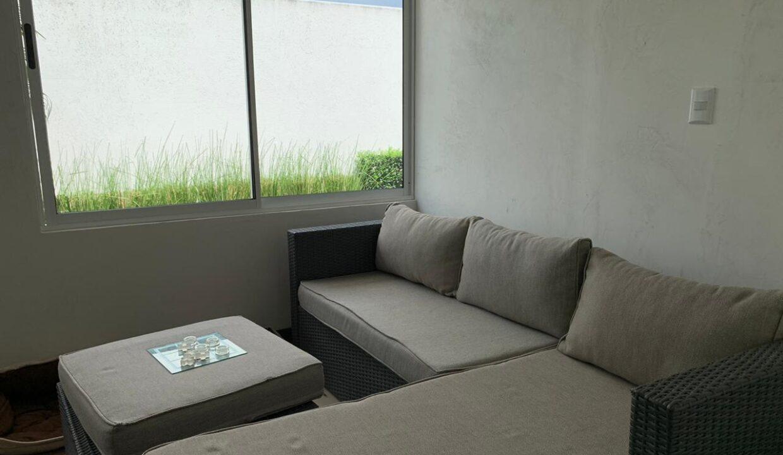 venta-apartamento-Townhouse-Contemporáneo-condominio-guachipelin-premier-propiedades (2)