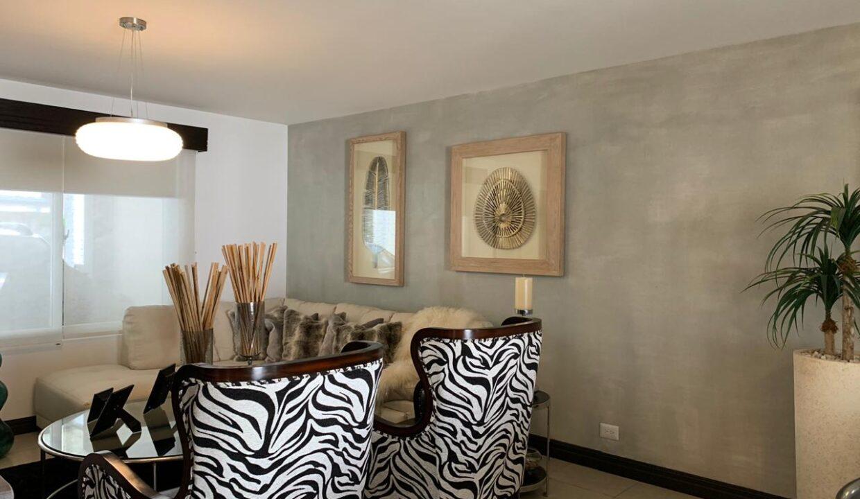 venta-apartamento-Townhouse-Contemporáneo-condominio-guachipelin-premier-propiedades (8)