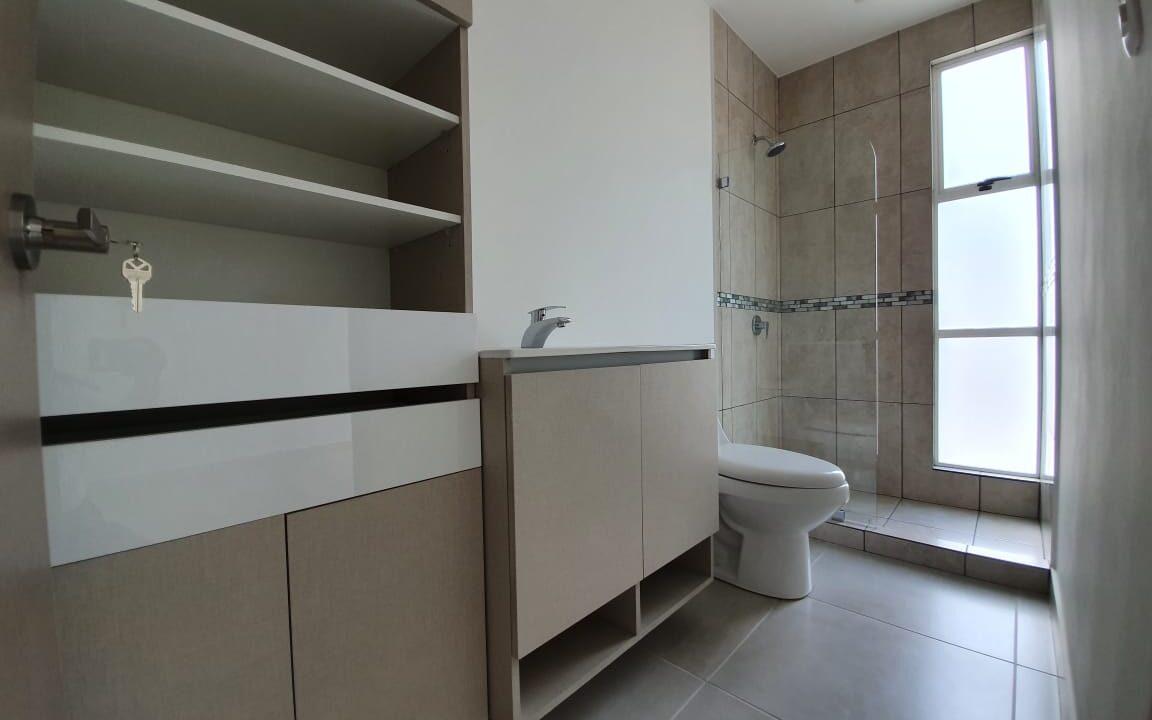 venta-apartamento-piedades-santa-ana-premier-propiedades (14)