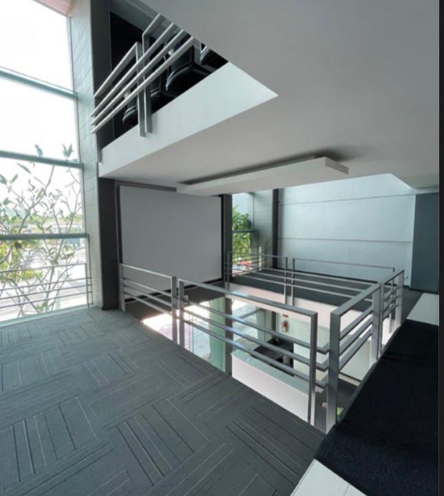 alquiler-oficina-oficentro-santa-ana-premier-propiedades (7)