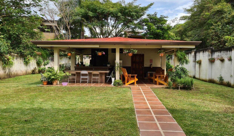 venta-casa-pozos-santa-ana-premier-propiedades (1)