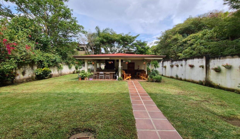 venta-casa-pozos-santa-ana-premier-propiedades (11)