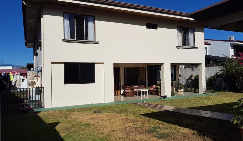 venta-casa-pozos-santa-ana-premier-propiedades (13)