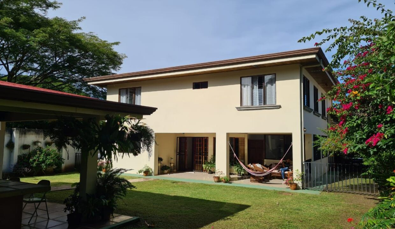 venta-casa-pozos-santa-ana-premier-propiedades (15)