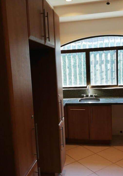 venta-de-casas-en-lindora-santa-ana-condominio-posada-del sol-premier-propiedades (2)