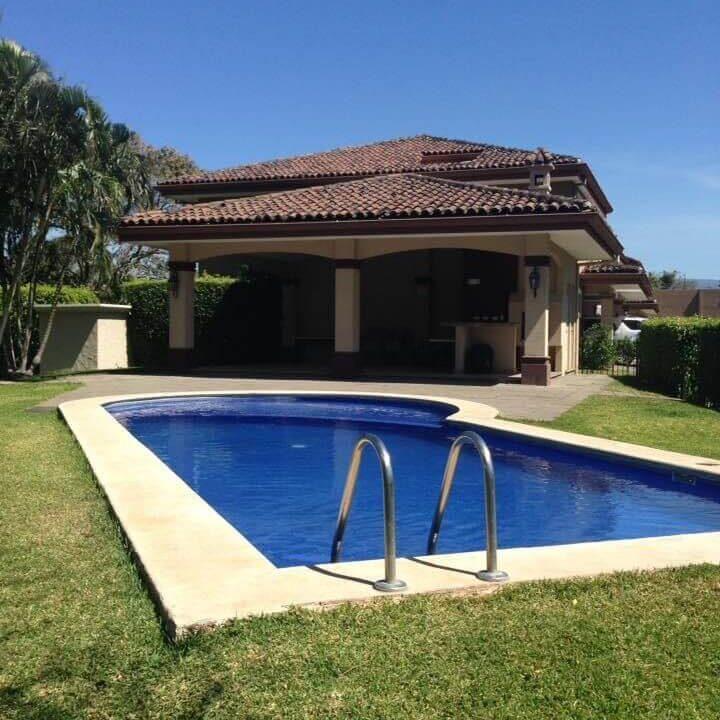 venta-de-casas-en-linodora-pozos-santa-ana-premier-propiedades (10)